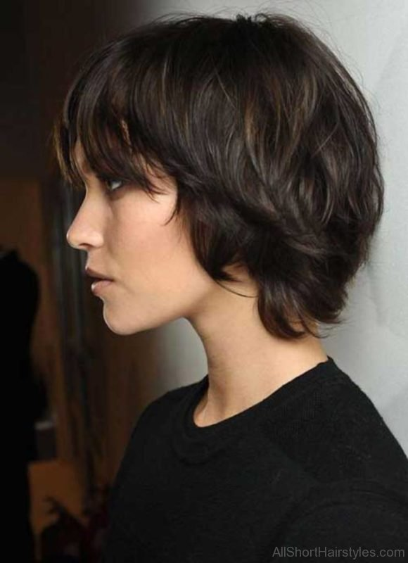 111 Stylish Short Wavy Hairstyles For Girls